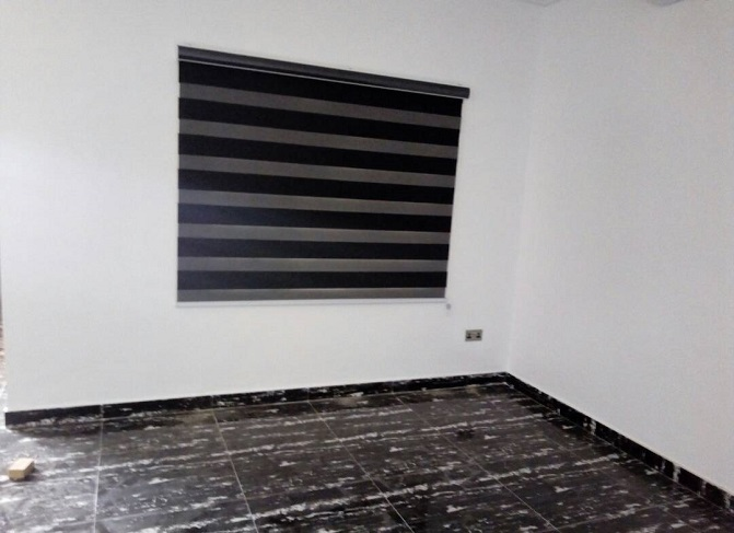 Get all hot deals at mcgankons on curtains and blinds of any design of modern time. MC 0020 Blind in Lagos Nigeria. Quick delivery nationwide