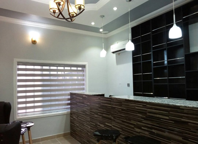 Get all hot deals at mcgankons on curtains and blinds of any design of modern time. MC 0028 Blind in Lagos Nigeria. Quick delivery nationwide