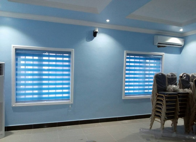 Get all hot deals at mcgankons on curtains and blinds of any design of modern time. MC 0029 Blind in Lagos Nigeria. Quick delivery nationwide